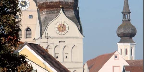 Historische Altstadt Erding, Schöner Turm und Stadtturm