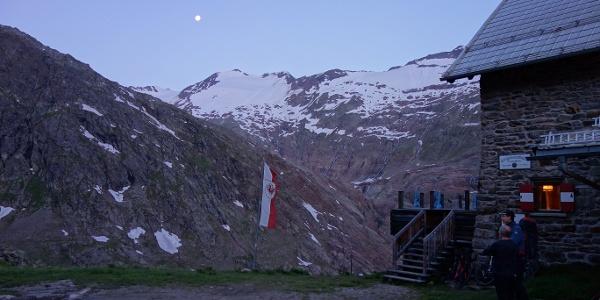 Start an der Langtalereckhütte