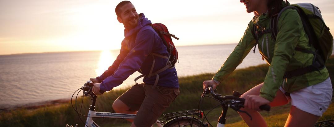 Radfahren mit Ostseeblick auf Rügen