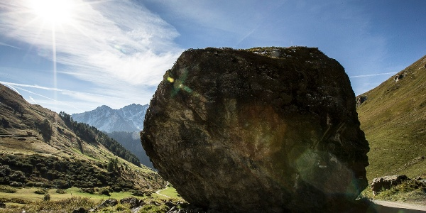 Alpstein, Findling unterwegs zur Alp Trida