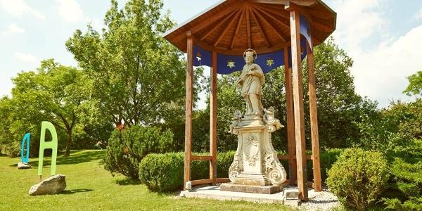 Nepomukstatue in Pöchlarn bei Donaulände