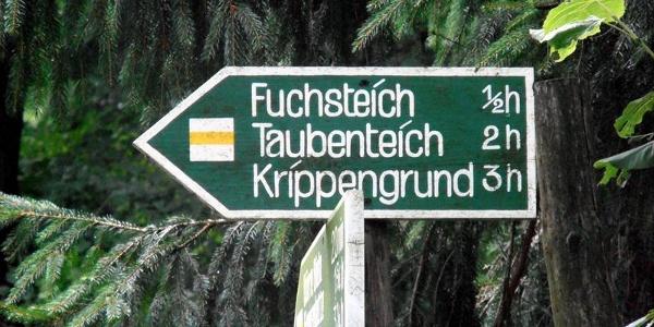 Wegweiser Fuchsteich, Taubenteich, Krippengrund © Sylvio Dittrich