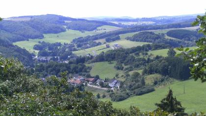 Blick über Niederbrombach ins Saarland