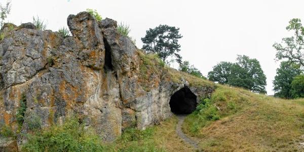 Vogelherdhöhle