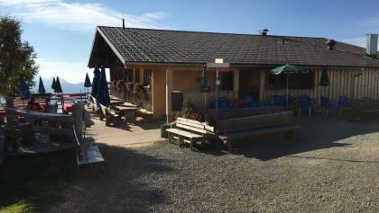 Hütte in der Nähe der Bergststion