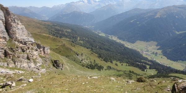 Blick am Abstieg auf Obernberg