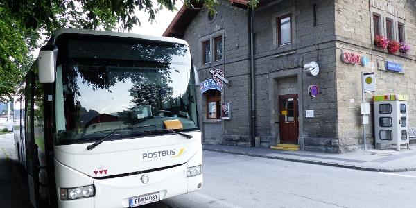Der Bus bringt uns ins hintere Gschnitztal.