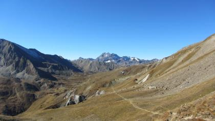 Gipslöcher, Zeblaswiesen, Fluchthorn vom Bergli