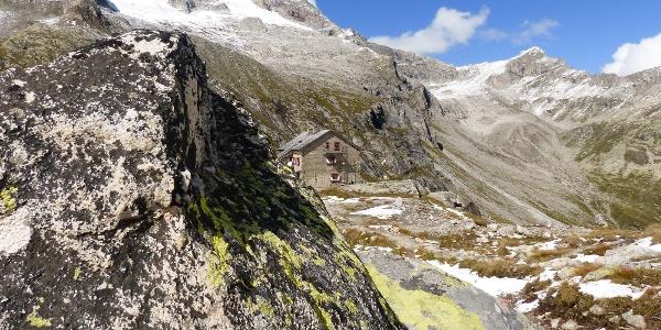 Die wunderschön gelegene Richterhütte.