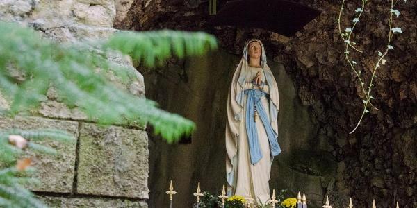 Fernwanderweg - Meditationsweg, erste Etappe - Die Lourdesgrotte