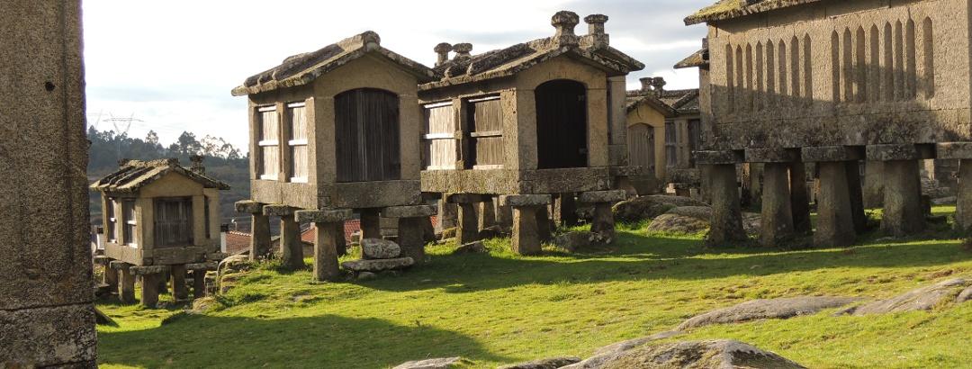 Espigueiros im Norden Portugals