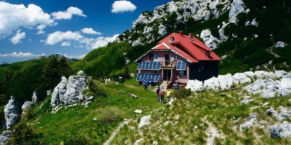 Planinarski dom Schlosserov dom