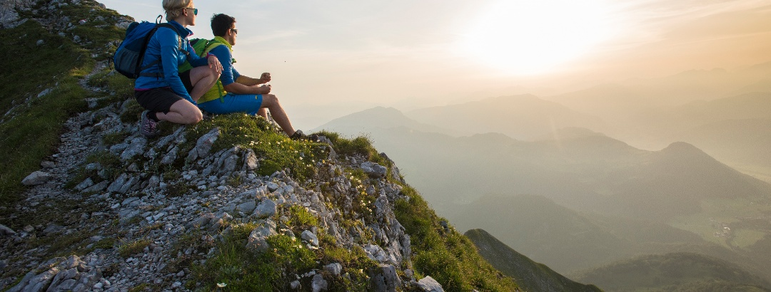 Sonnenaufgang im Herzen der Alpen