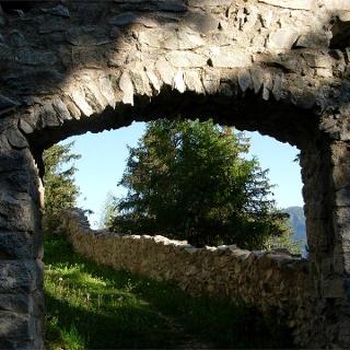 ruin at Rasun