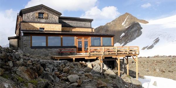 Mountain hut Similaun
