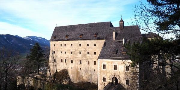 Burg Altpernstein ~800m