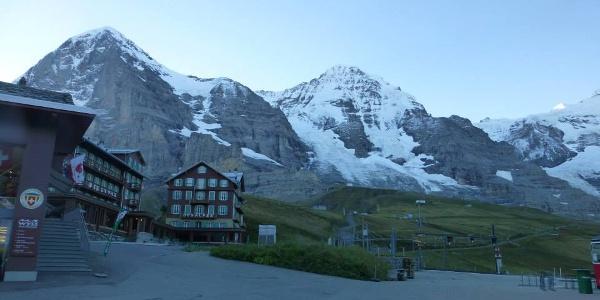 Blick auf Eiger und Mönch von Kleine Scheidegg aus