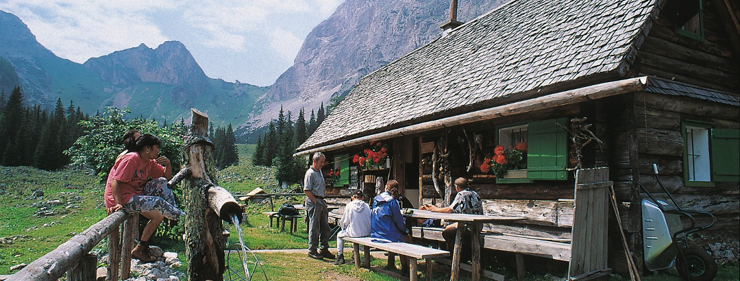 Sulzkaralm inmitten des Nationalparks Gesäuse