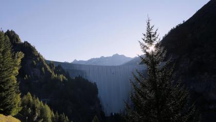 Diga del Luzzone, Valle di Blenio