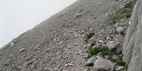Geröllhalde an der südwestlichen Seite des Trogkofels