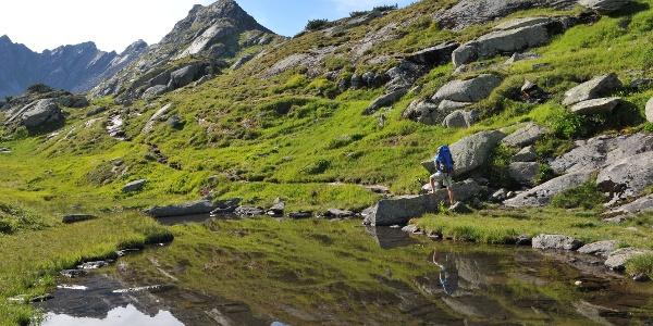 Anstieg zum Vallülasee