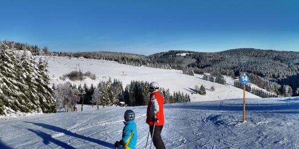 Das Postwiesen-Skidorf Neuastenberg