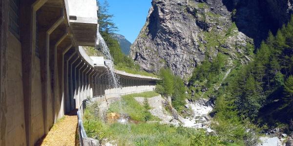 La gorge de Gondo & la forteresse militaire