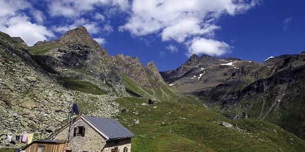 Sterzingerhütte mountain hut Wilde Kreuzspitze summit Pfitsch Sterzing
