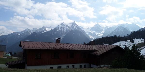 Schwabenhaus Rückseite mit Zwölfer und Zimba