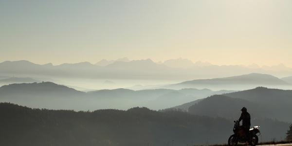 Bei Pflausach mit Blick über halb Kärnten