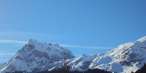 Aussicht vom Haus auf das Skigebiet