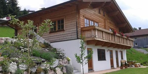 Haus mit Terrasse/Garten