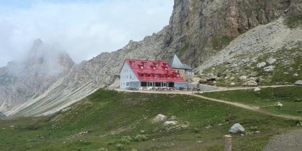 Frisch renovierte Tierser Alplhütte