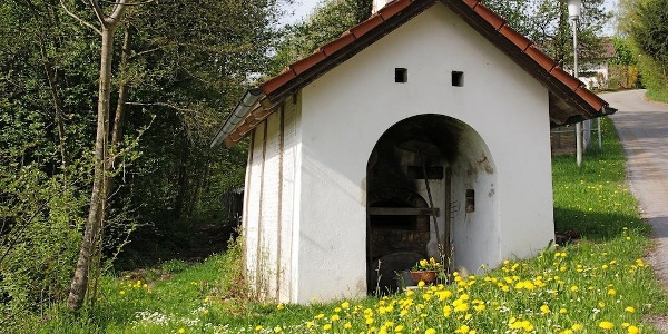Backofen in Obermühlbach am Weg nach Kager