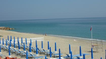 Strand Finale Ligure