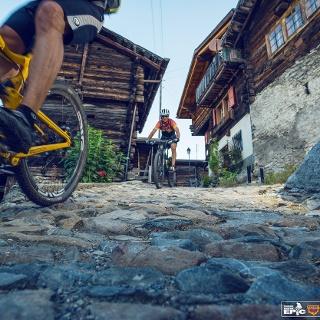 Mountainbiker in Albinen