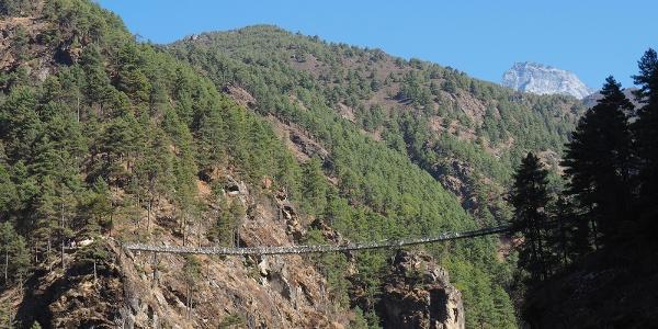 Hillary Brücke von ca.2800m gesehen