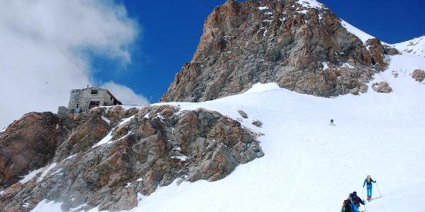 Der letzte Steilhang vor der Refuge des Écrins.