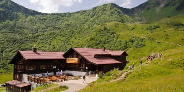 Schwarzwasserhütte im Sommer