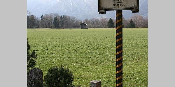 "Grenzübergang für Wanderer ""Bangs - Ruggel"" in Feldkirch"