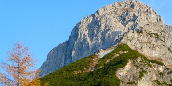 Werfener Hütte unterhalb des Hochthron im Tennengebirge