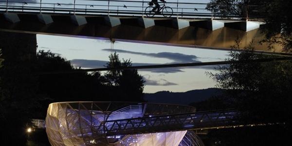 Abends unterwegs am Murradweg in Graz