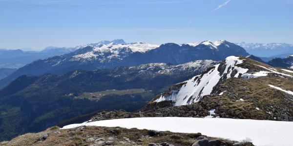 Schneibstein-Blickrichtung Tennengebirge und Dachstein