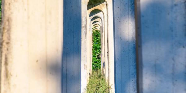 Wasserkanal im Lenninger Tal