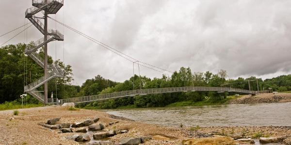 II Neue Hängebrücke an der Iller.
