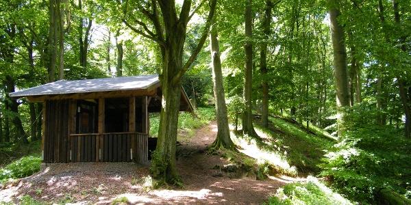 Von der Breiberg-Hütte führt ein kurzer Abstecher auf den Gipfel des Breiberg.