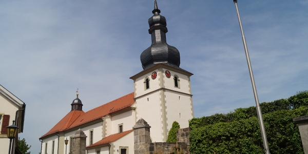 Kirche in Strahlungen
