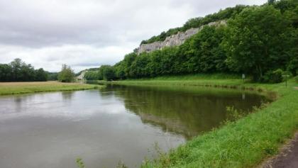 Kletterfelsen im Yonne-Tal