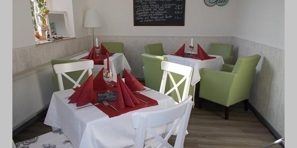 Café Isis gedeckter Tisch