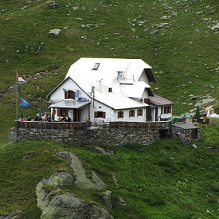 Lodner Hütte (Rif. Cima Fiammante)